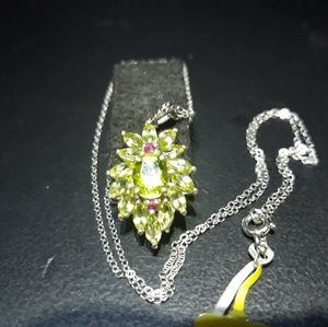 Jewelry - Natural Peridot With Rubies Necklace iv21